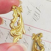 Brass Feathery Scroll Filigree*